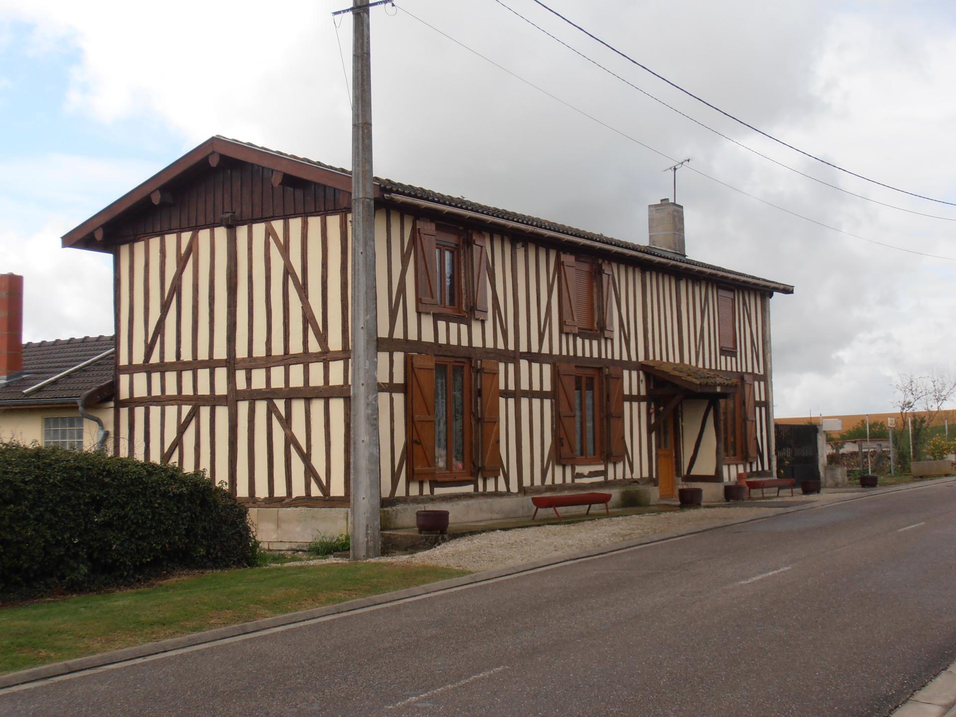 maison neuville